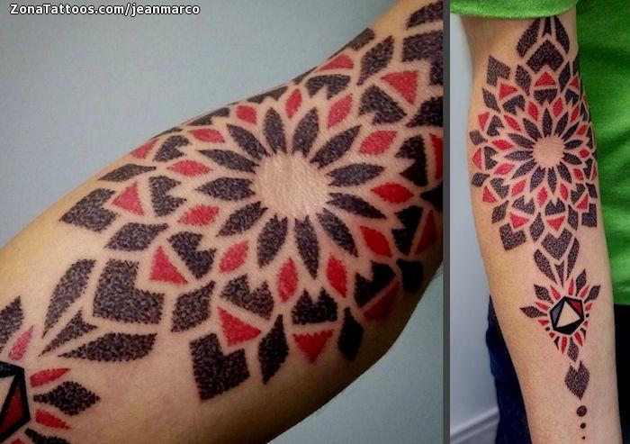 Tatuaje De Geométricos Brazo Puntillismo