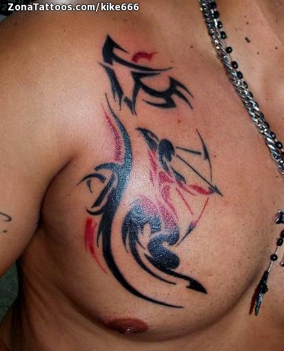 Tatuaje De Zodiaco Pecho Tribales