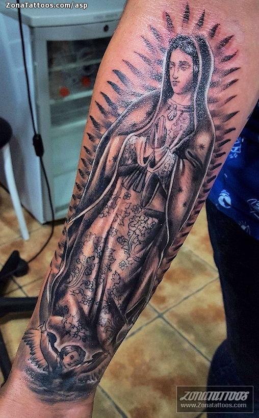 Tatuaje De Virgenes Religiosos Brazo