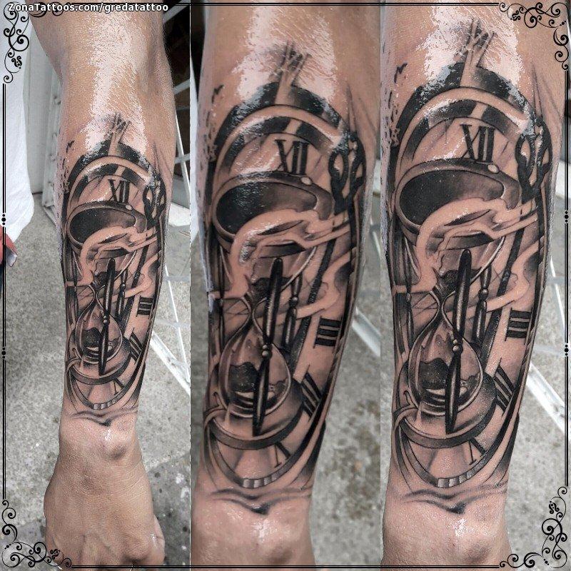 Tatuaje De Relojes Antebrazo Humo