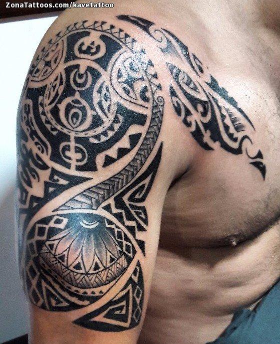 Tatuaje de Maores Hombro Pecho