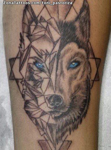 Tatuaje De Lobos Animales Geométricos