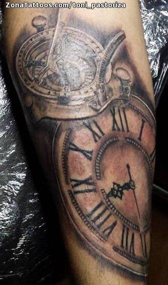 Tatuaje De Brújulas Relojes