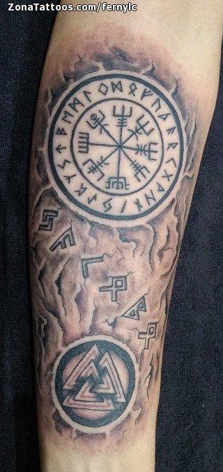 Tatuaje De Vegvisir Símbolos Celtas