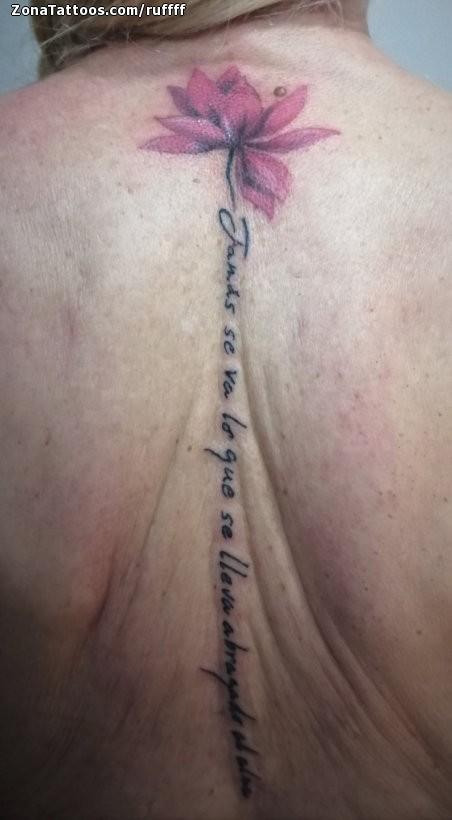 Tatuaje De Espalda Flores Frases