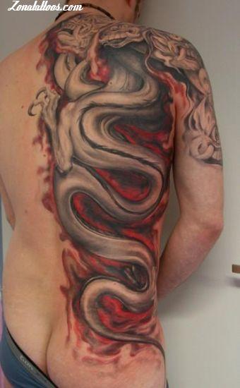 Tatuaje De Dragones Espalda