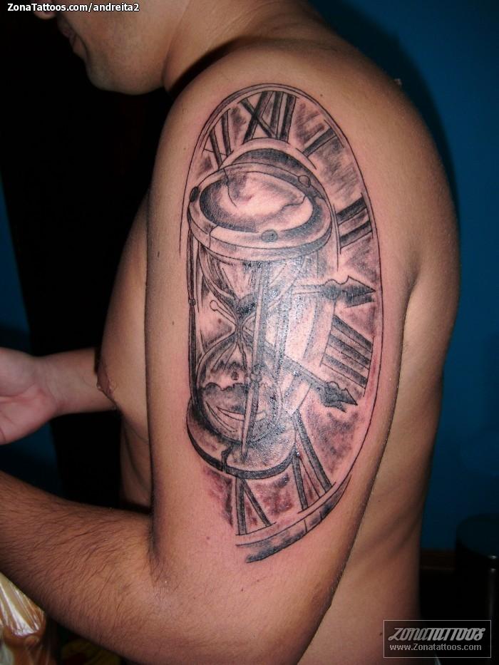 Tatuajes de relojes car interior design for Reloj para tatuar