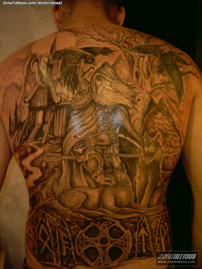 Foto tatuaje Vikingos, Espalda