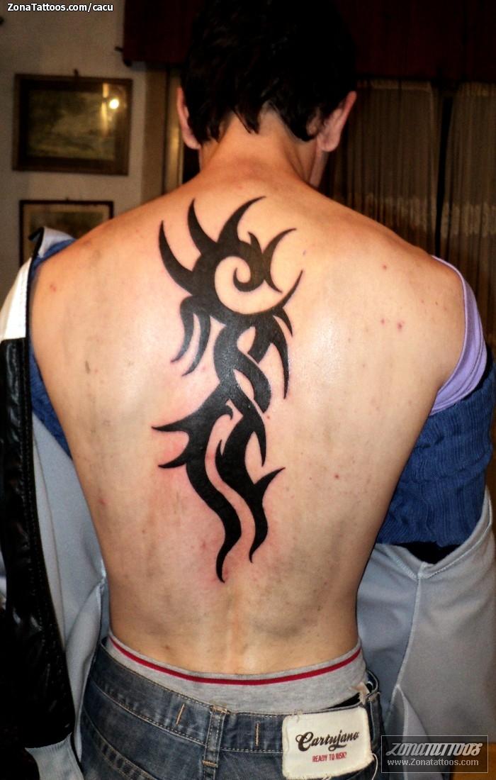 Tatuaje De Tribales Espalda