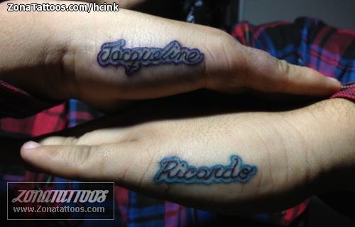 Tatuaje De Nombres Letras Mano