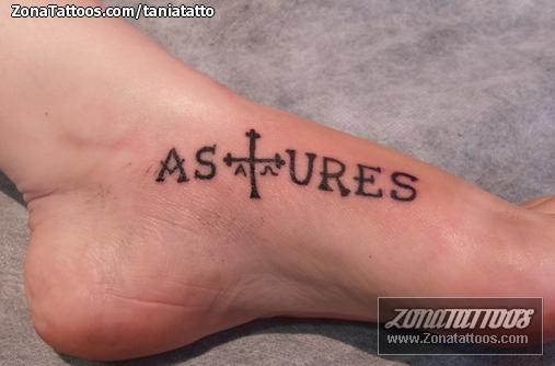 Tatuaje De Letras Pie Asturias