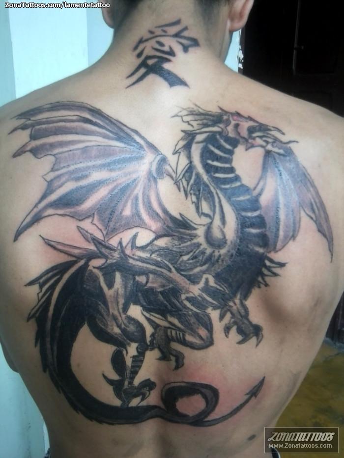 Tatuaje De Dragones Espalda Fantasía