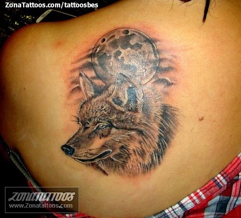 Tatuajes lobos y luna - Imagui