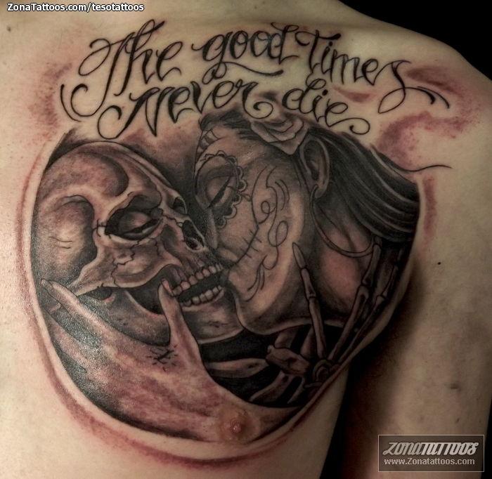 Tatuaje De Calaveras Catrinas Pecho
