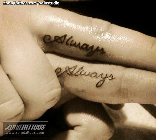 Tatuaje De Dedos Letras Parejas