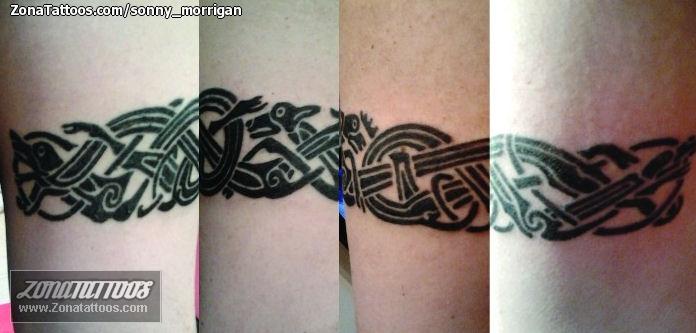 Tattoo Of Bracelets Vikings