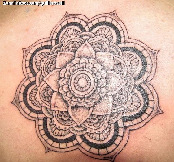 Tatuaje De Mándalas