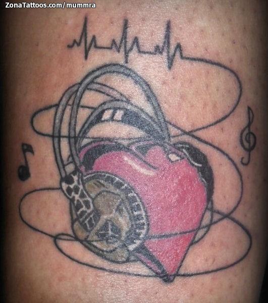 Tatuaje De Corazones Notas Musicales Auriculares