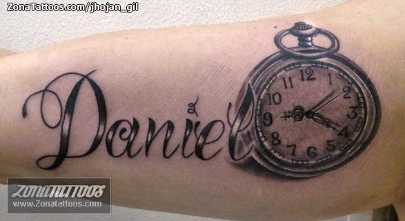 Tatuaje De Daniel Nombres Letras