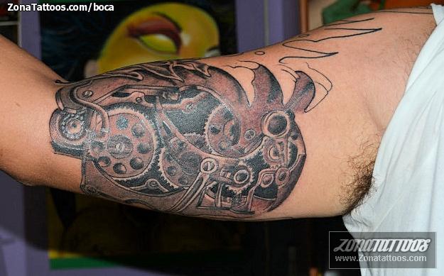 Tatuaje De Biomecánicos Engranajes
