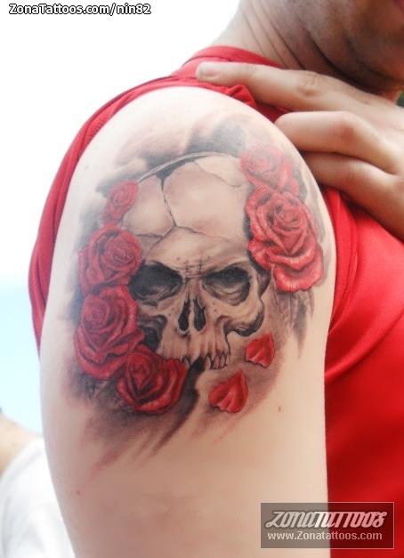 Tatuaje de nin82 - Calaveras Rosas Flores