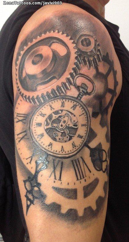Tatuaje De Relojes Engranajes Hombro