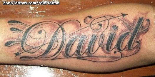 Tatuajes del nombre Adrián