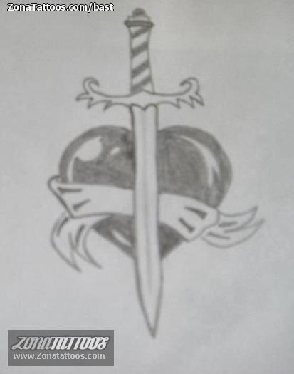Diseño De Corazones Espadas