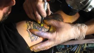 Proceso de tatuaje de Eddie (Iron Maiden)